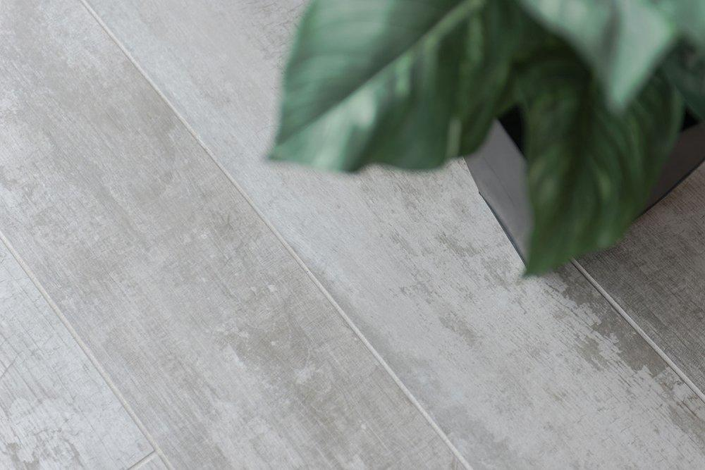 Porcelain wooden store tile   CCTV29036-40  20X90 15X90 20X1000/8x36'6x36 8x40'